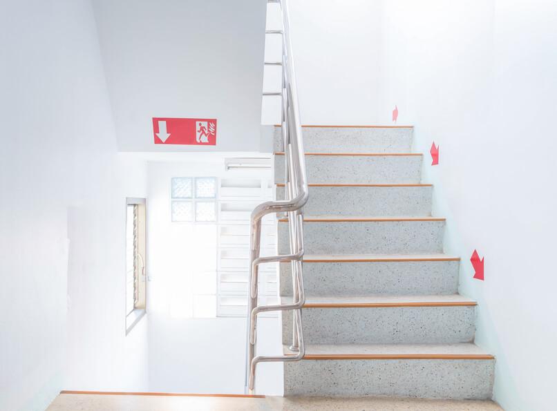 normativa escaleras