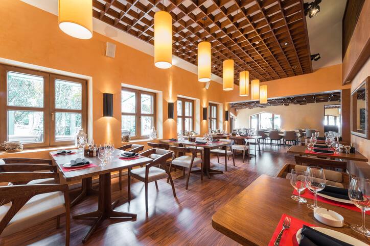 renovacion ambiental restaurante